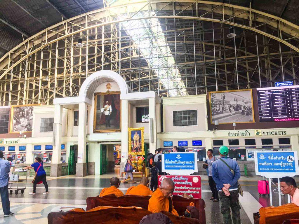 Hua Lampong Station