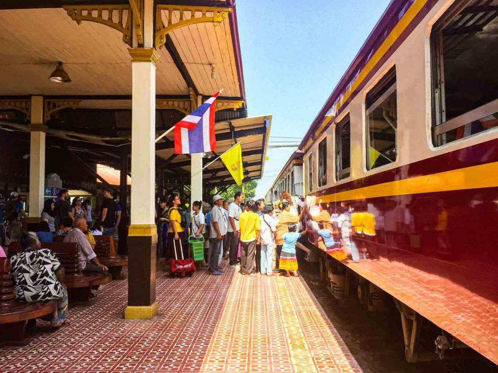 Stasiun Ayutthaya