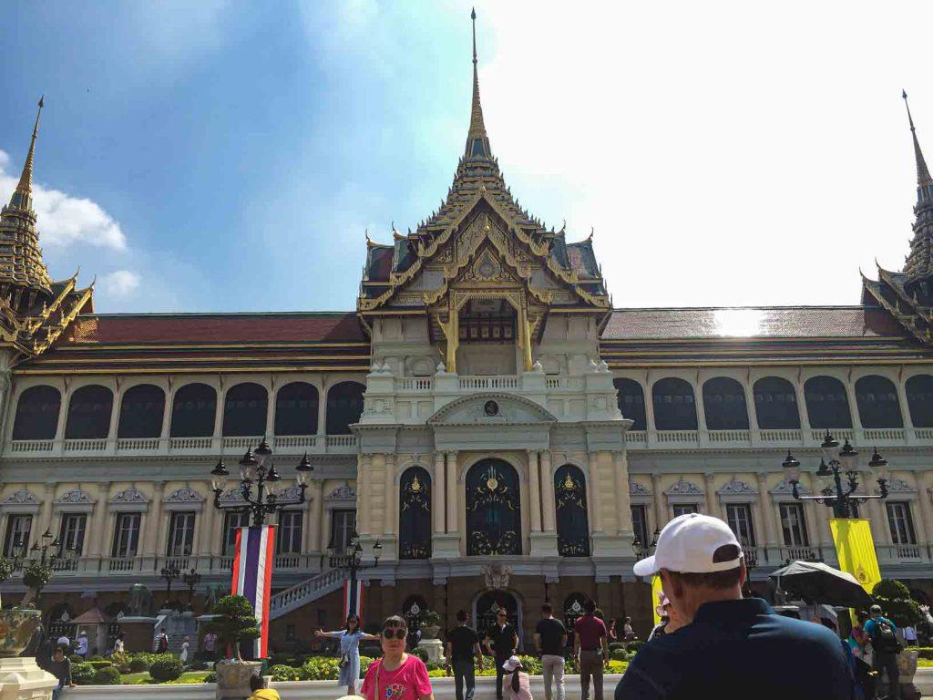 Area inti istana Grand Palace yang bergaya elektik