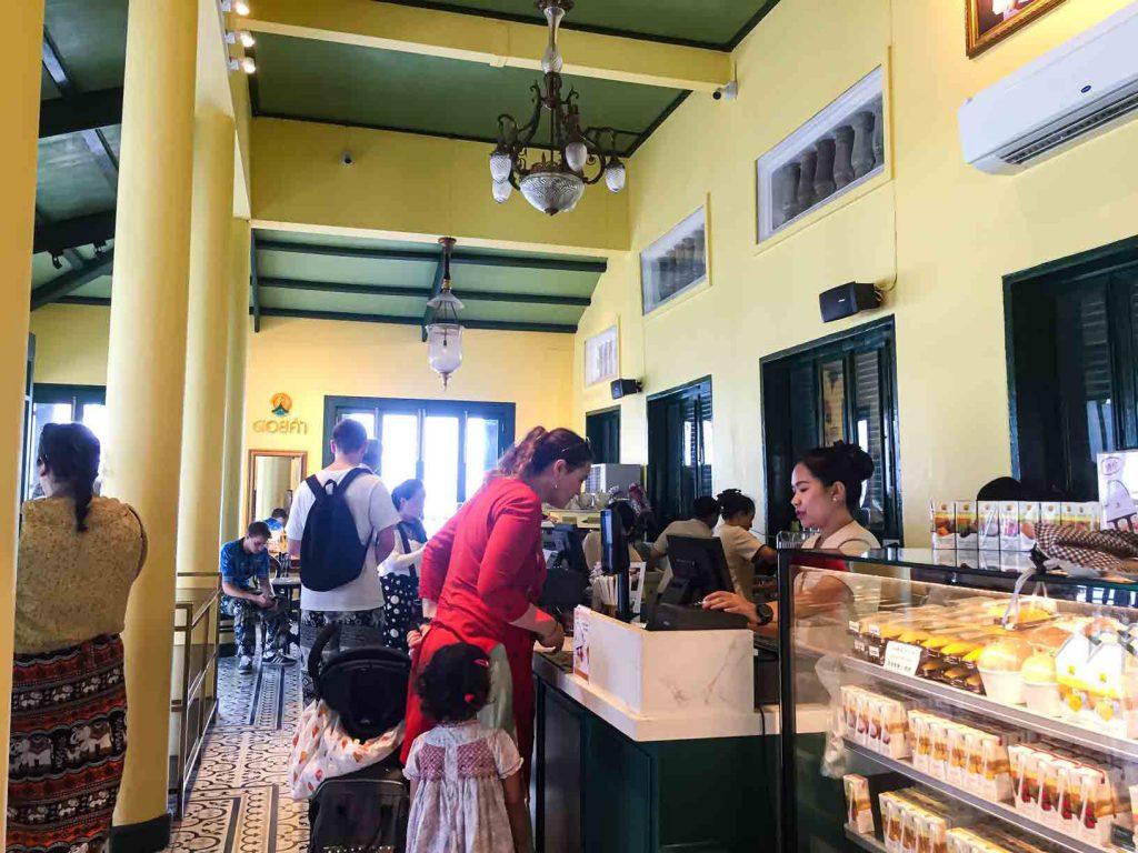 Coffee Shop Grand Palace